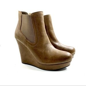 Seychelles Wedge Ankle Boot Tan Distress Leather